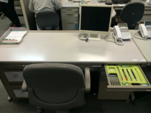 Example Of A Desk After Lying 5s